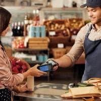 Pagare direttamente dal cellulare, Samsung lancia in Italia il suo servizio Pay