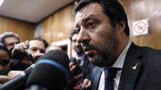 """Gelataia rifiuta di servire Salvini.Intervista: """"Per me è razzista""""La ragazza lavorava da 10 giorni"""