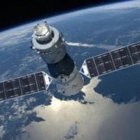 """La Protezione civile avverte: """"Stazione spaziale cinese in caduta, rischi per l'Italia"""""""