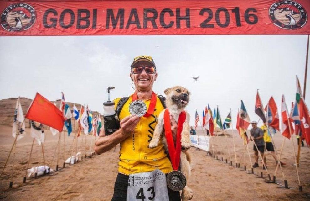Gobi, la cagnetta che ha cambiato il cuore del maratoneta