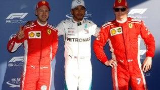 Nel Gp d'Australia pole Hamilton.Alle sue spalle le due Ferrari