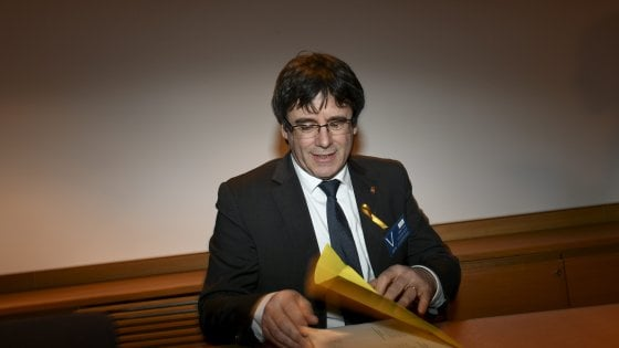 Catalogna, Puigdemont fermato in Germania