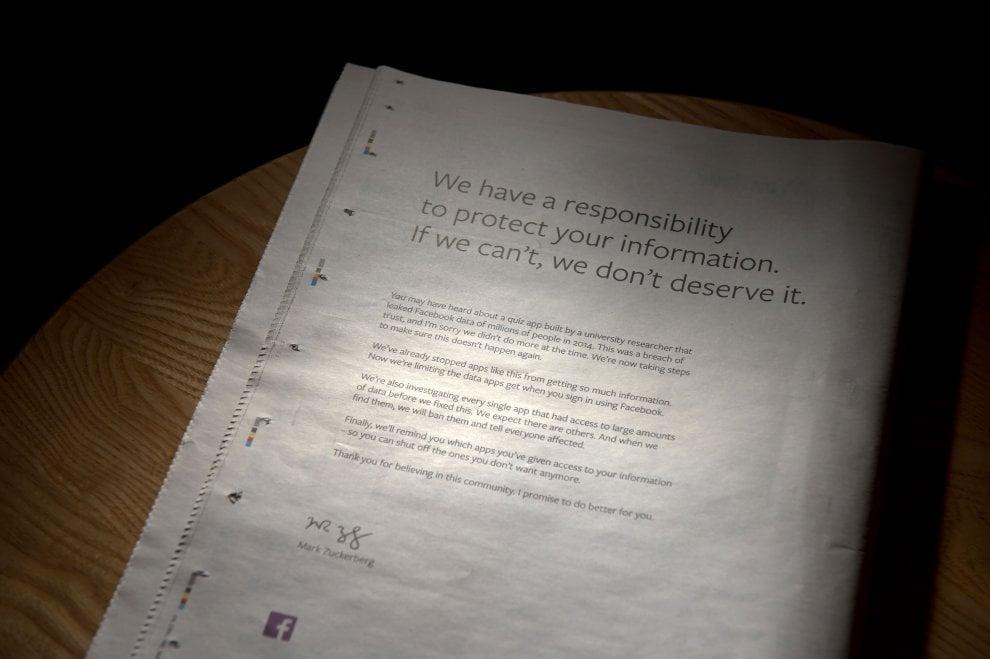 Cambridge Analytica, Zuckerberg firma una lettera di scuse sui giornali britannici