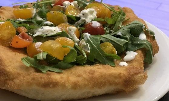 Sorpresa: a Tor Bella Monaca è sbarcata una delle pizze più buone di Roma