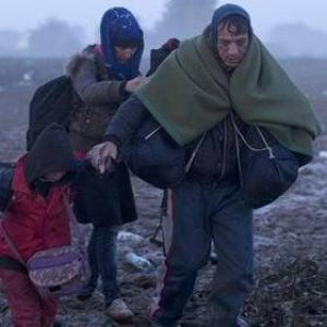 Confine serbo-croato, il sogno dei migranti lungo la rotta dell'Europa orientale interrotto a manganellate