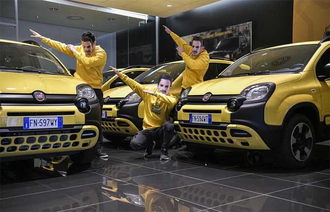 Fabio Rovazzi e la Panda City Cross conquistano Milano