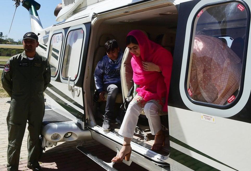 Malala in Pakistan, di nuovo a casa dopo sei anni