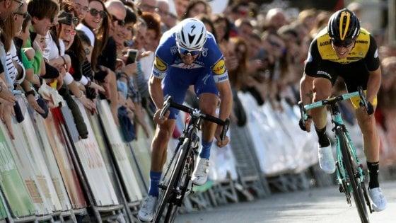 Ciclismo, Giro dei Paesi Baschi: Alaphilippe vince la prima tappa