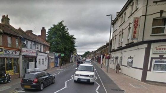 Due sparatorie a Londra nella notte:  morta diciassettenne, gravissimo un sedicenne