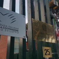 Il braccio di ferro dell'Agenzia per la Cooperazione con i diplomatici della