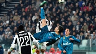 "Juve s'inchina a Ronaldoil Real Madrid vince 0-3 Lo ""Stadium"" applaudela prodezza di Cristiano Siviglia-Bayern 1-2"