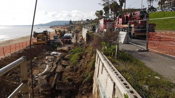 Crotone, crolla un muro in un cantiere: due operai deceduti, un terzo ferito gravemente