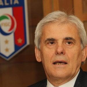 """Arbitri, Nicchi denuncia: """"Buste con pallottole alla sede dell'Aia"""""""