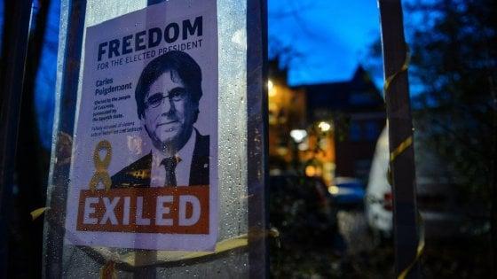 """La giustizia tedesca: """"Sì a Puigdemont libero su cauzione fino al giudizio su estradizione"""""""