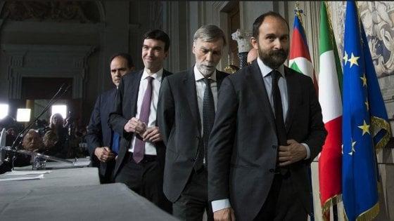 """Pd: """"Incontri solo col premier incaricato"""". Centrodestra diviso, il leghista Giorgetti attacca Berlusconi: """"Hai sbagliato"""""""