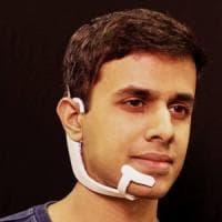 AlterEgo, il dispositivo che trasforma i pensieri in ricerche su Google