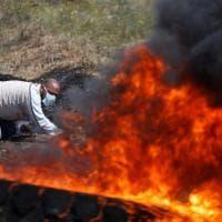 Gaza, gli scontri al confine: morti e feriti