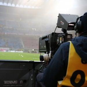 """Diritti tv, ecco i pacchetti di Mediapro. Miccichè: """"Sky-Mediaset? Non cambia nulla"""""""