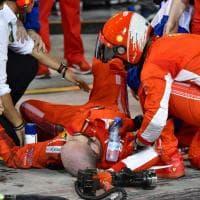 Formula Uno, Gp Bahrain: durante il pit-stop Raikkonen travolge un meccanico