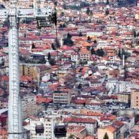 Bosnia. Riapre la funivia-simbolo di Sarajevo. Era in disuso dai tempi dell'assedio