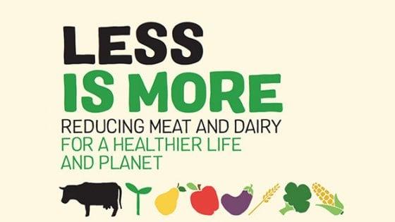 """Greenpeace: """"Dimezzare il consumo di carne e prodotti lattiero-caseari per salvare il clima"""""""