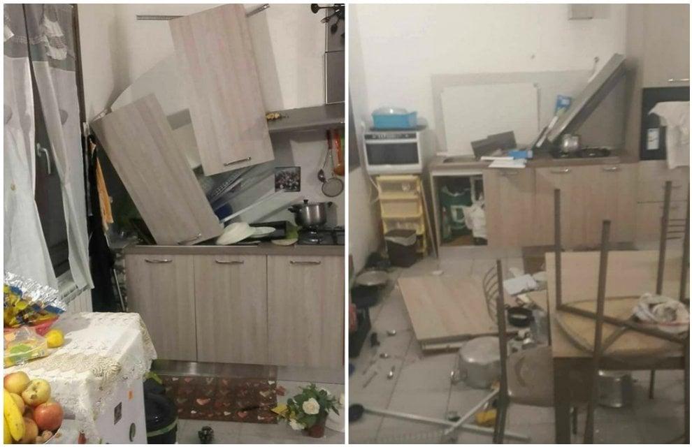 Terremoto nel Maceratese: danni all'interno delle casette antisismiche