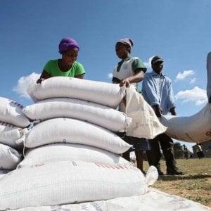 Cooperazione, aiuti stagnanti in un mondo in emergenza