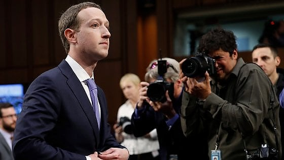 "Mark Zuckerberg al Senato Usa: ""Cambridge Analytica non era l'unica ad avere i dati di 87 milioni di persone"""