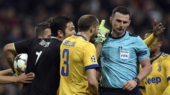 """Juventus, Buffon: """"L'arbitro ha spazzatura al posto del cuore"""". Allegri: """"Rigore? C'era anche all'andata su Cuadrado"""""""