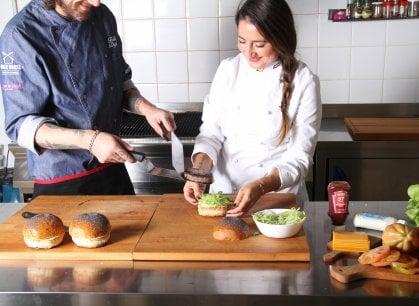 Un po' chef e un po' publican: il pub gourmet si regge su una forza tutta femminile