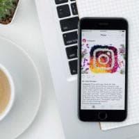 Anche Instagram consentirà di scaricare una copia dei propri dati