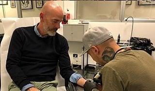 Fiorentina, Pioli nel segno di Astori: si fa tatuare le iniziali e il numero 13