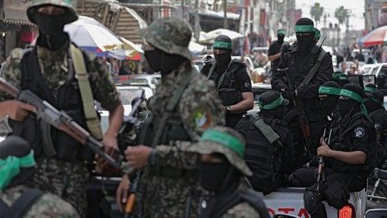 Gaza, due palestinesi uccisi. Domani nuova marcia al confine con Israele
