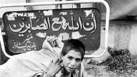 """""""Raccontaci una storia"""": a 20 anni dal debutto, riparte il Premio Canon giovani fotografi"""