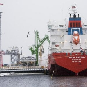 Accordo Imo per il taglio di emissioni di CO2 dalle navi del 50% entro 2050