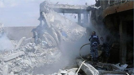 """Siria, dopo l'attacco è scontro all'Onu tra Washington e Mosca. Gli Usa: """"Pronti a colpire ancora"""""""
