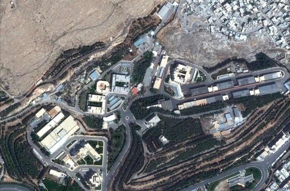 Prima e dopo visto dal satellite: ecco gli effetti dei bombardamenti alleati