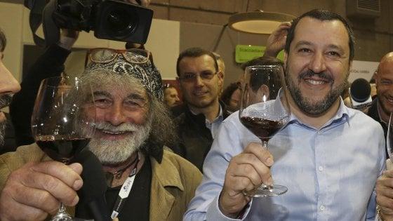 """Salvini: """"Di Maio si sforzi a fare qualcosa di più. Io sono pronto e non dico no a nessuno"""""""