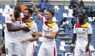 Sassuolo-Benevento 2-2: Diabaté risponde a Politano, primo storico punto esterno in A per i sanniti