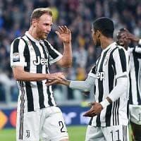 Juventus-Sampdoria 3-0: apre Mandzukic, chiude Khedira. Mani sullo scudetto,  a +6 sul Napoli