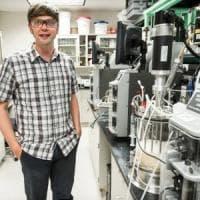Scoperto per caso un enzima artificiale che può mangiare la plastica