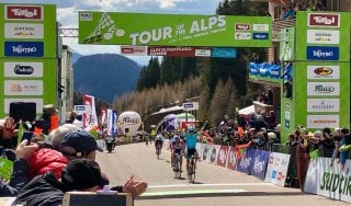 Ciclismo, Tour of the Alps: Lopez re del Pampeago, Sosa nuovo leader. Froome c'è, Aru perde terreno