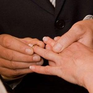 Eurostat, in Italia un bimbo su tre nasce fuori dal matrimonio