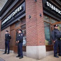 Usa, Starbucks chiude il 29 maggio per un corso di anti-razzismo a tutti i suoi dipendenti