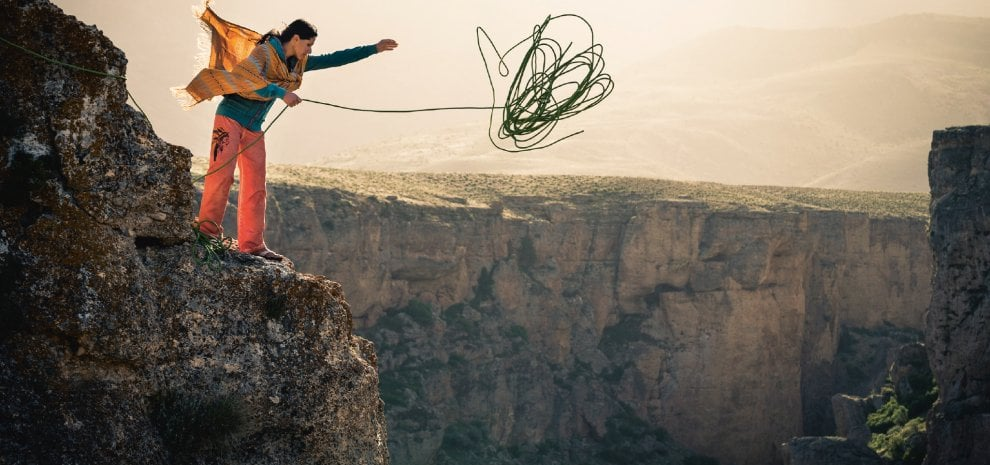 """'Climbing Iran', le sfide di Nasim: """"Seguo solo le regole della natura"""""""
