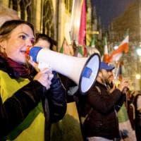 """Amnesty, """"il barometro dell'odio"""": ecco come la politica ha usato"""