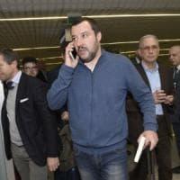 """""""Si crede il centro dell'universo"""". Salvini liquida il leader 5Stelle e nella """"fuga"""" a..."""