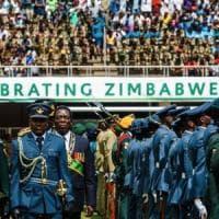 Zimbabwe, 16mila infermieri scioperano e il vice presidente li licenzia tutti