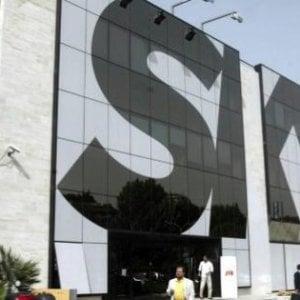 Sky: aumentano i ricavi in Italia, lieve calo degli abbonati. Dati in crescita in Europa