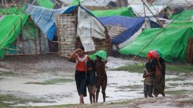 Bangladesh, Cox's Bazar:  su 200mila Rohingya incombe il rischio  di valanghe di fango durante i monsoni